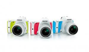 Pentax K-S1 bald in süßen Farben