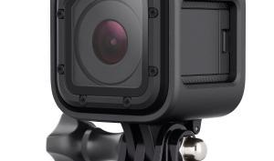 Kompaktes Fotozubehör im Kurztest: Actioncam und Premium-Stativ