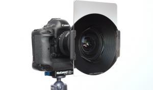 Ganz schön breit: Filterhalter für das Canon EF 11-24 mm