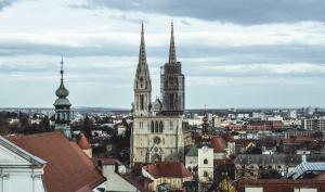 #alphaddicted: Der Koffer reist weiter durch Europa