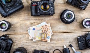 Deals des Tages: Sony Alpha 7 & Canon EOS 77D