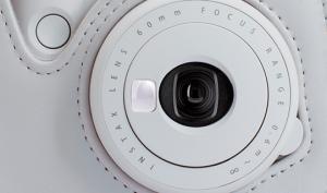 Fujifilm präsentiert neues Zubehör zur Sofortbildfotografie