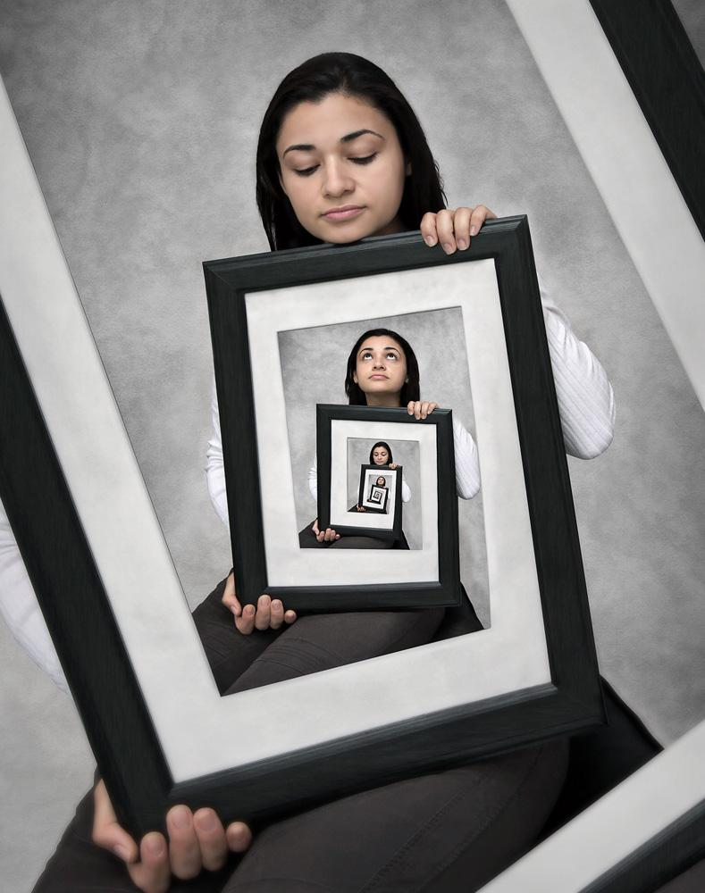 Photoshop: Die Frau im Rahmen | DigitalPHOTO
