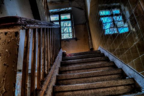 Stairway Doll