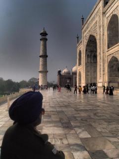 Wächter vor dem Taj Mahal