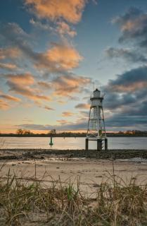 Sonnenaufgang am Leuchtturm