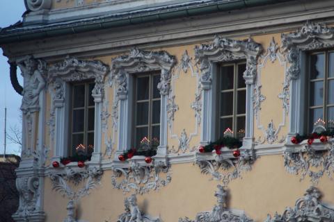 Falkenhaus zur Weihnachtszeit