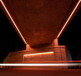 Architektur - Durchgang in Germersheim, Nachtaufnahme
