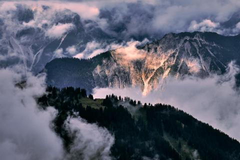 Mountain light spotted in the Austrian Alps
