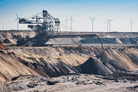 Windräder vertreiben den Tagebau