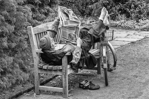 Gemütlich Zeitung lesen...