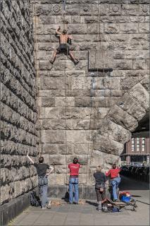 City climbing