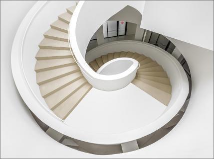 Große Wendeltreppe bei Leica