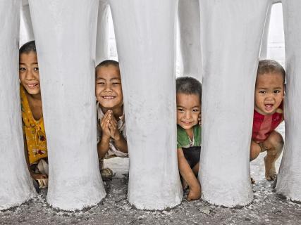 Burmesiche Jungen