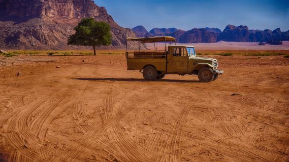 Wadi Rum Jeep