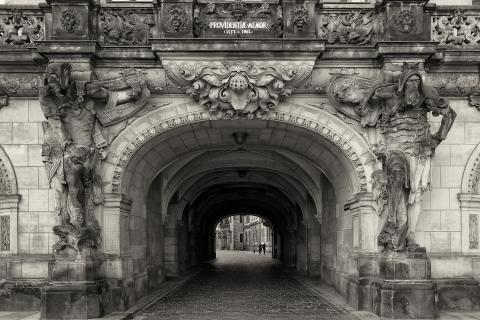 Durchgang zum Dresdener Schloß