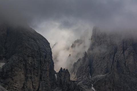 Langkofel im Nebel
