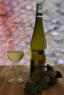 Stillleben - Weißwein zum Fisch