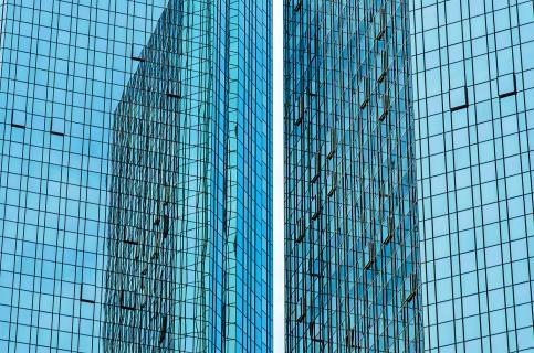 Blaue Strukturen