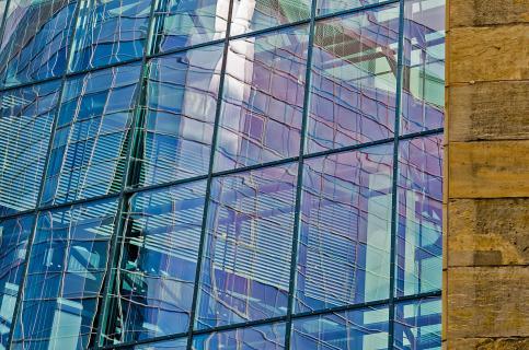 Glas- versus Steinstruktur