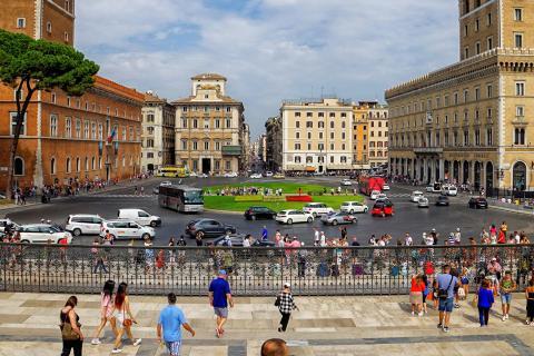 44_ Rom Piazza Venezia_arnold_jeserznik