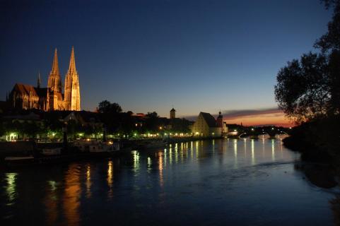 Stadtansicht- Regensburg im Abendrot