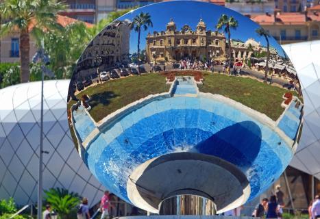 Casino Monte Carlo im Spiegelblick