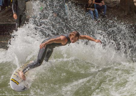 Surfer am Eisbach München