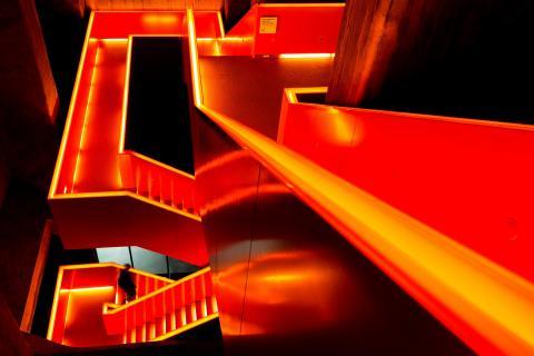 05 Das Hauptmotiv hat-eine-Farbe-Rot_Eric_Gessmann