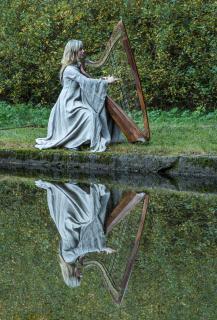 Die Harfenqueen...