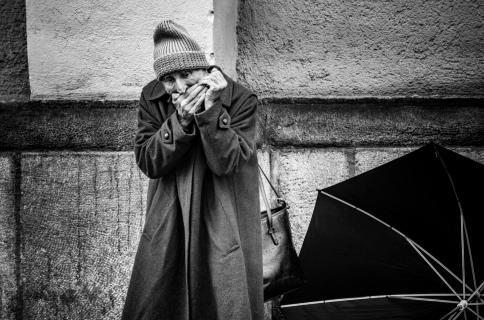 Mundharmonika im Regen