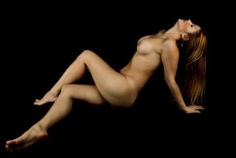 Schöne Frau mit langem Haar