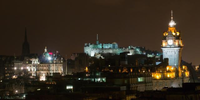Edinburgh @night 2