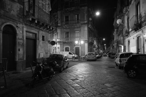 Catania bei Nacht