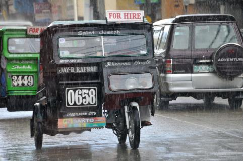 Verkehr im Regen