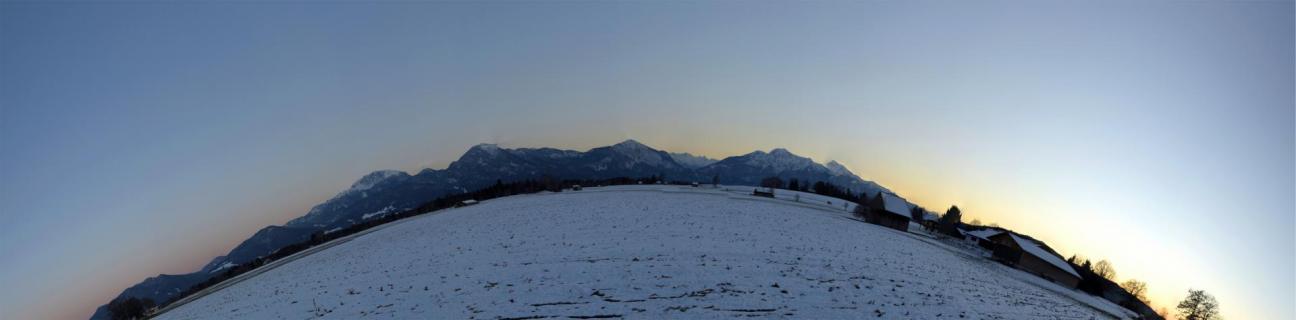 23_Landschaft-im-Abendlicht_Lukas_Behammer
