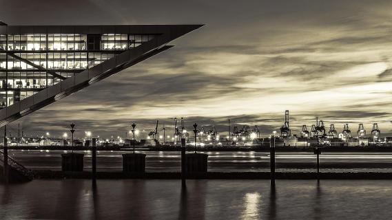 Dockland trifft Hafen
