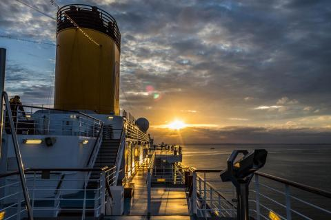 Sonnenaufgang an Bord