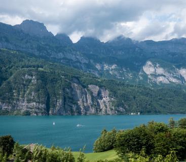 Gebirge und Wolkengebirge