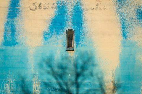 Blau beschmutzt