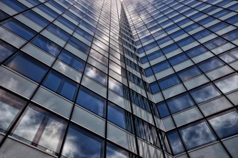 Fassade mit Spiegelung