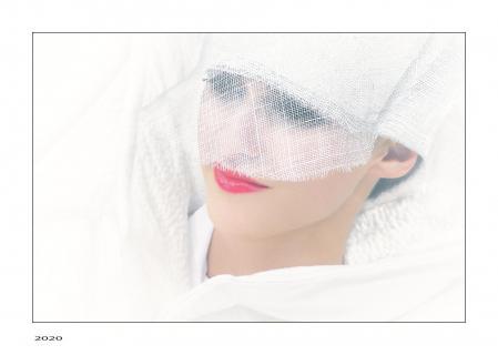 ... mit Maske,