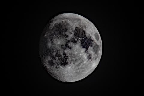 Mond am 13.10.2016