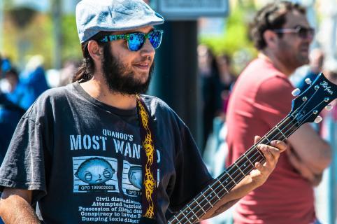 Bassist Buenas_Costumbres
