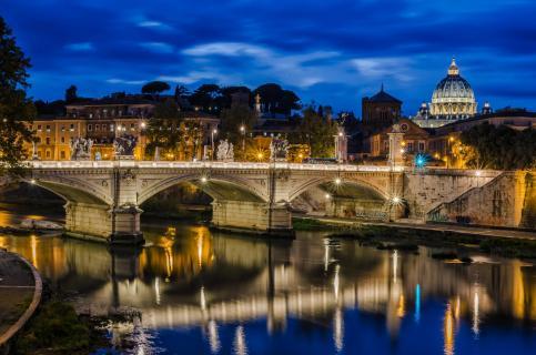 Blau Stunde am Tiber