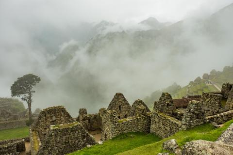 Morgennebel Machu Picchu