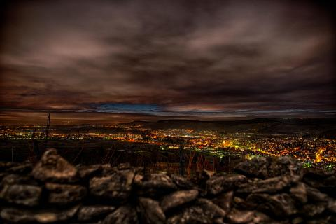 Nachtlichter über Weinstadt