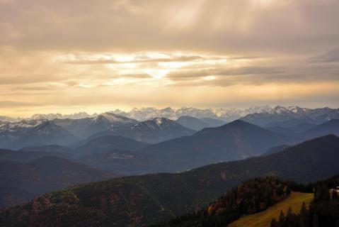 Blick über die Berge im Herbst AAA 0225a 845
