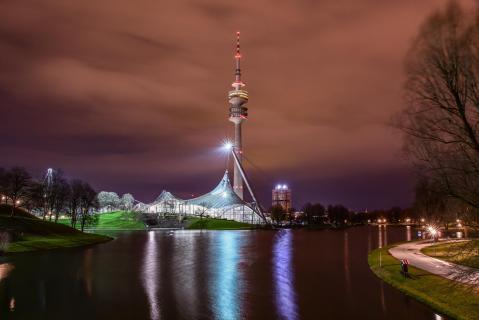 20180402 München Olympiapark bei Nacht DSC 0232ak2