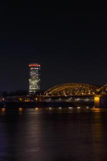 Köln-Deutz bei Nacht